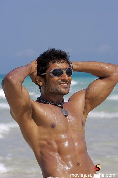 Ayan songs free download patron4us weblog surya posing his eight packs thecheapjerseys Image collections